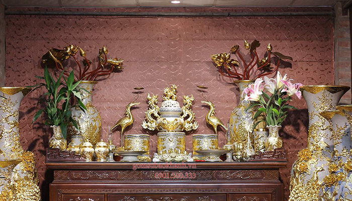 Mẫu bàn thờ gia tiên đúng chuẩn