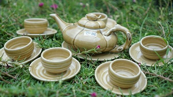 Bộ ấm trà 6 chén màu nâu ngọc