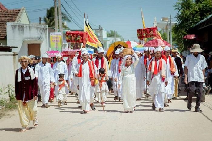 Nghi lễ tại làng gốm Bàu Trúc