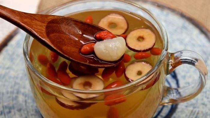 Cách pha trà táo đỏ tốt cho sức khoẻ