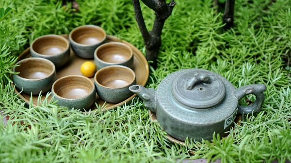Bộ ấm chén uống trà giả đá