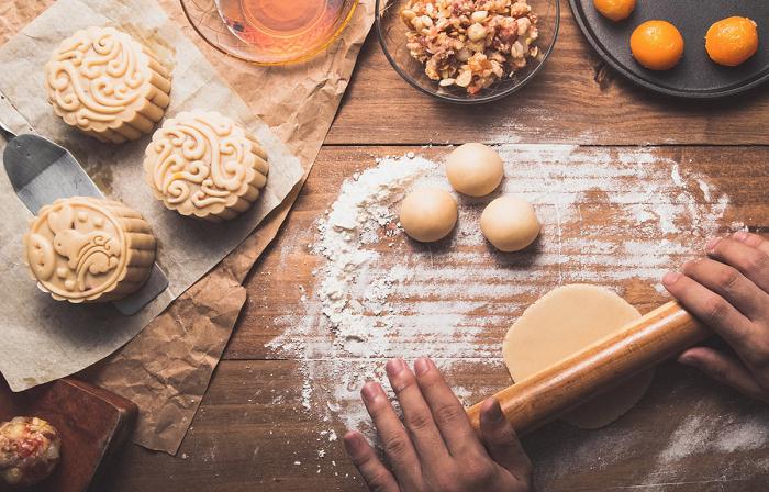 Cách làm bánh trung thu truyền thống thơm ngon tại nhà